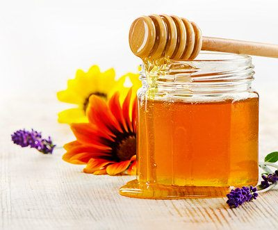 honey with flowers1-opt