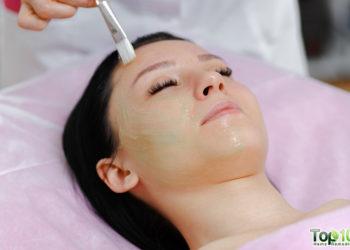 DIY aloe vera face mask for skin and hair