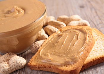 DIY homemade peanut butter