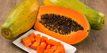 Health benefits of papaya and papaya seeds