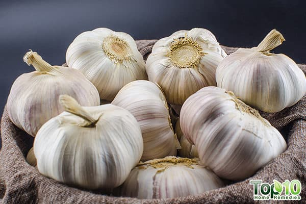garlic for pneumonia