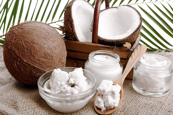 Coconut oil for minor wounds