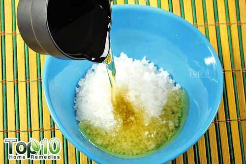 DIY sea salt citrus scrub step2