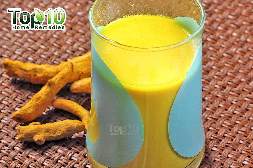 DIY Homemade Spiced Turmeric Milk - A Miracle Health Drink