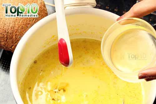 DIY spiced turmeric milk step6