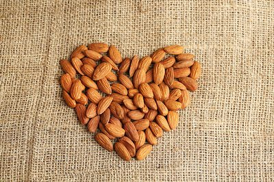 Almonds for heart