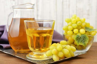 grapes treat constipation