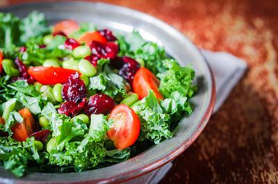 التغييرات الغذائية و علاج حب الشباب الكيسي