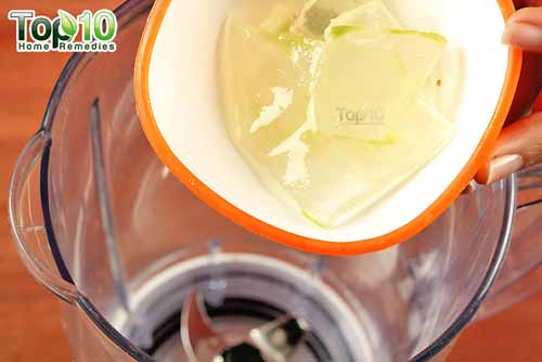 DIY aloe vera juice step 2