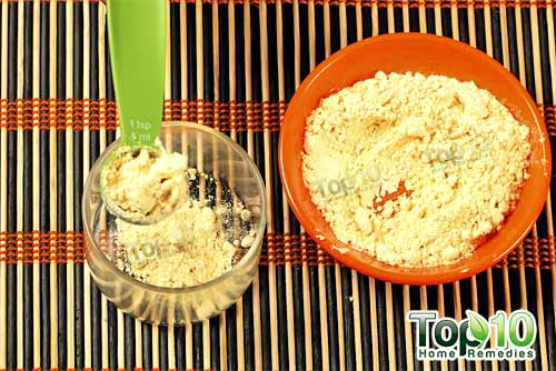 gram flour and potato juice face mask step1