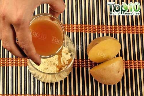 gram flour and potato juice face mask step2