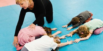 yoga poses to keep the kids fit and healthy