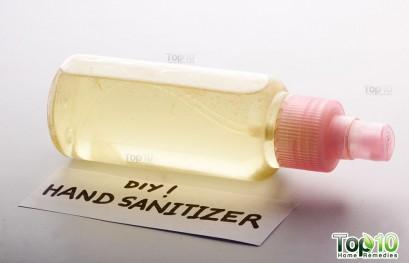 DIY Nontoxic Homemade Hand Sanitizer