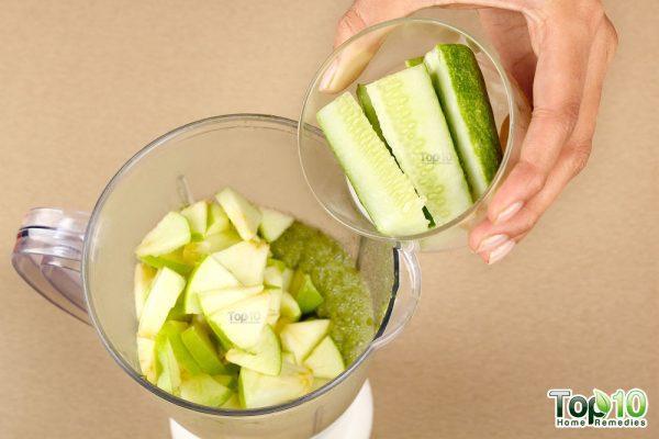 Detox smoothie-add cucumber