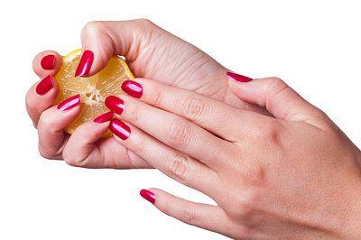 lemons remove nail polish
