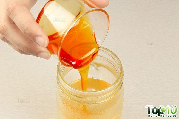 honey for homemade electrolyte solution