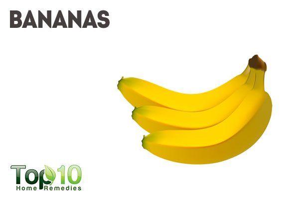 use banana as natural makeup remover