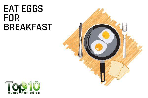 eat eggs for breakfast