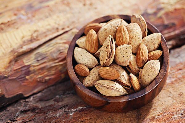 almonds rich in fiber