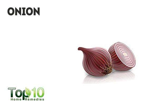 onion causes body odor and bad breath