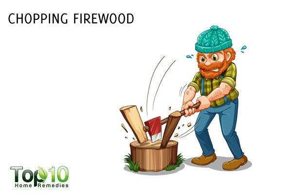 chopping firewood for weight loss