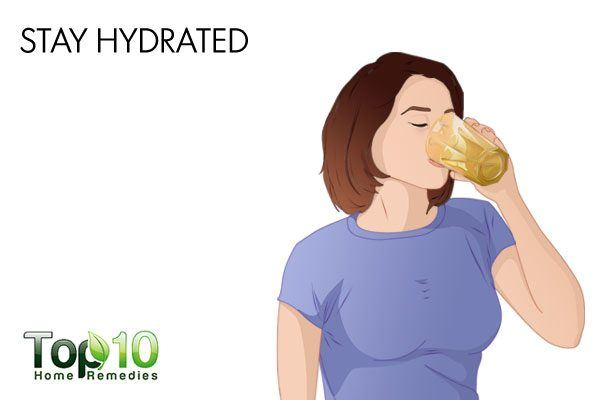 stay hydrated to reduce sinus headache