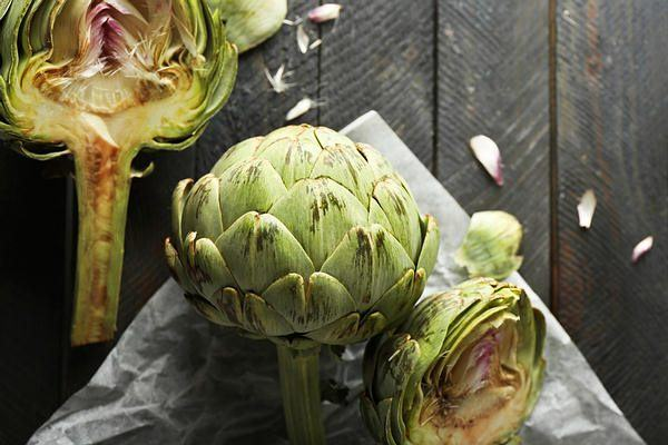 eat artichoke to increase fiber intake