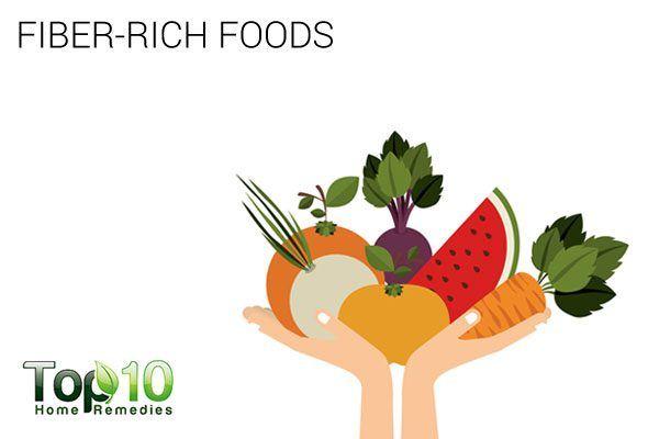 eat fiber-rich foods to treat hemorrhoids