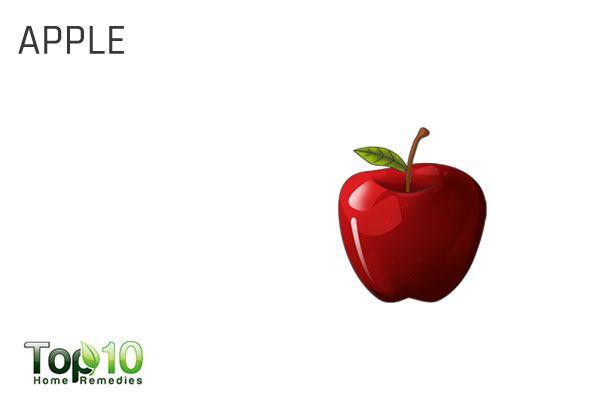 eat apple to treat garlic breath