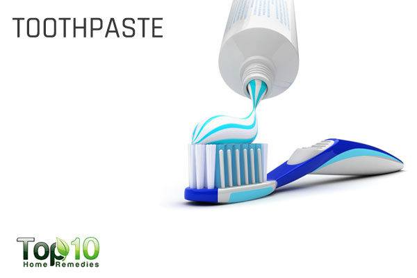 toothpaste to get rid of garlic odor