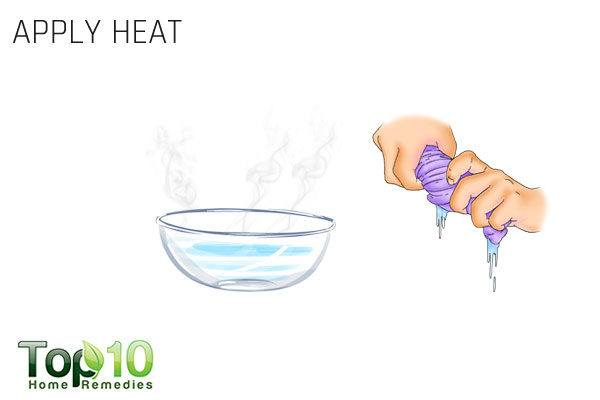 apply heat to treat pinched nerve