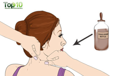 how to get skin tags off your neck