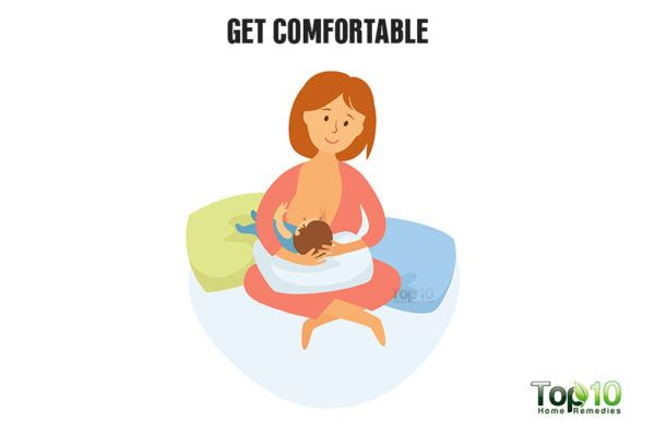 get comfortable while breastfeeding