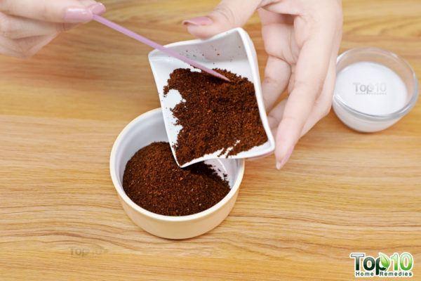 homemade coffee and coconut milk face scrub