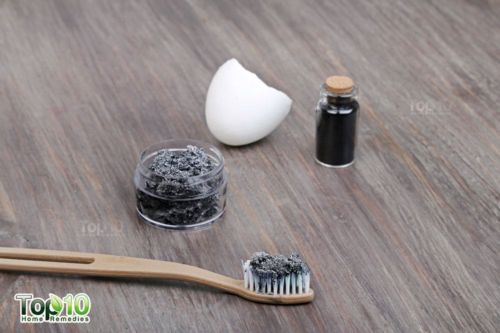 DIY homemade activated charcoal toothpaste to whiten teeth
