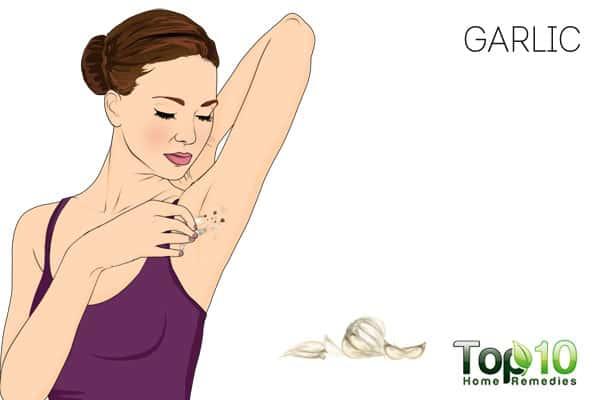 Use garlic to get rid of skin tags on armpits