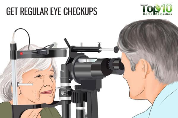 get regular eye checkups to prevent age-related macular degeneration