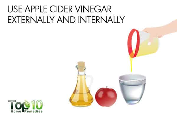 Use apple cider vinegar both internally and externally to deal with winter eczema