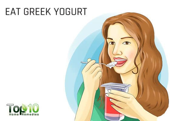 eat Greek yogurt to ease pregnancy constipation