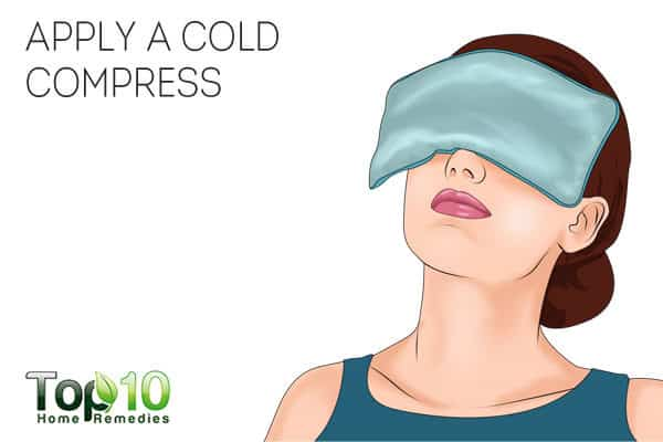 cold compresses reduce eye swelling from crying