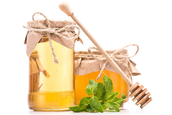 Honey to treat enlarged adenoids in children